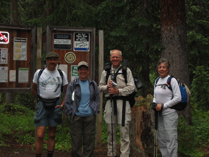 Happy hikers at East Fork of West Maroon trailhead
