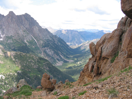 View to the west (looking down into No Name Basin from Knife Point Pass