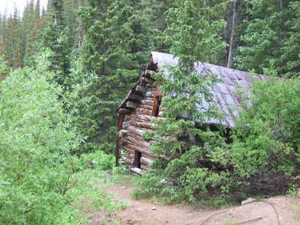 Abandoned cabin on Pomeroy Lakes Road